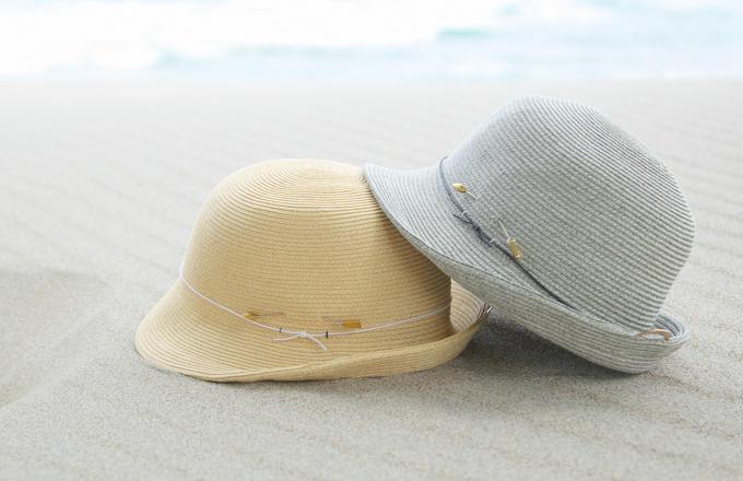 točit(トチエット)の「掛けて飾れる帽子」